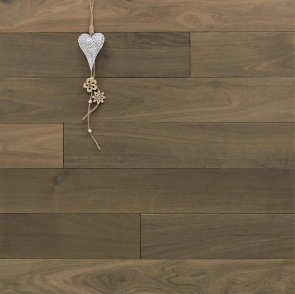 Dielenboden Räuchereiche, 15 x 130 mm, Systemlängen von 400 bis 1800 mm, angeräuchert, roh bzw. unbehandelte Oberfläche, massiv, Kanten gefast, Nut / Feder Verbindung