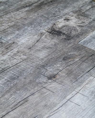 Klick Vinyl Designboden mit integrierter Trittschalldämmung, Futura Floors Manchester, 6,5 x 175 x 1210 mm, Kanten gefast, Nutzungsklasse 33/42, Nutzschicht 0,5 mm, in Holzoptik mit stabiler SPC Vinyl Trägerplatte