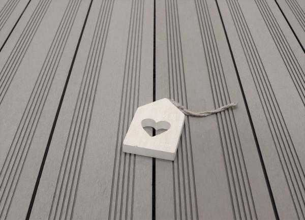WPC Terrasse massiv, Vollprofil, 22 x 143 bis 4800 mm, Oberfläche mit französischem Profil, Farbton hellgrau, 7,95 €/lfm