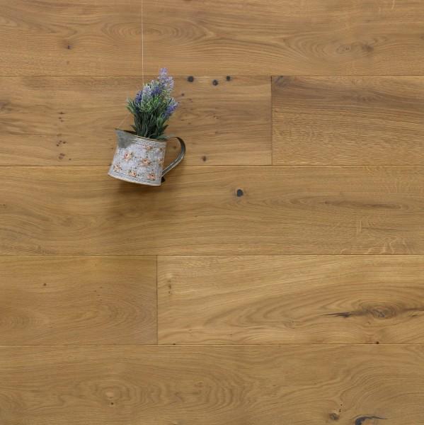 Parkettboden Eiche Brignoles aus der Serie Provence, 14 x 190 (220) x 1900 (2200) mm, gebürstet, mit Rubio Monocoat R331a bzw. leicht weiß geölt, Välinge 5G Klick Verbindung, Sonderanfertigung nach Kundenwunsch