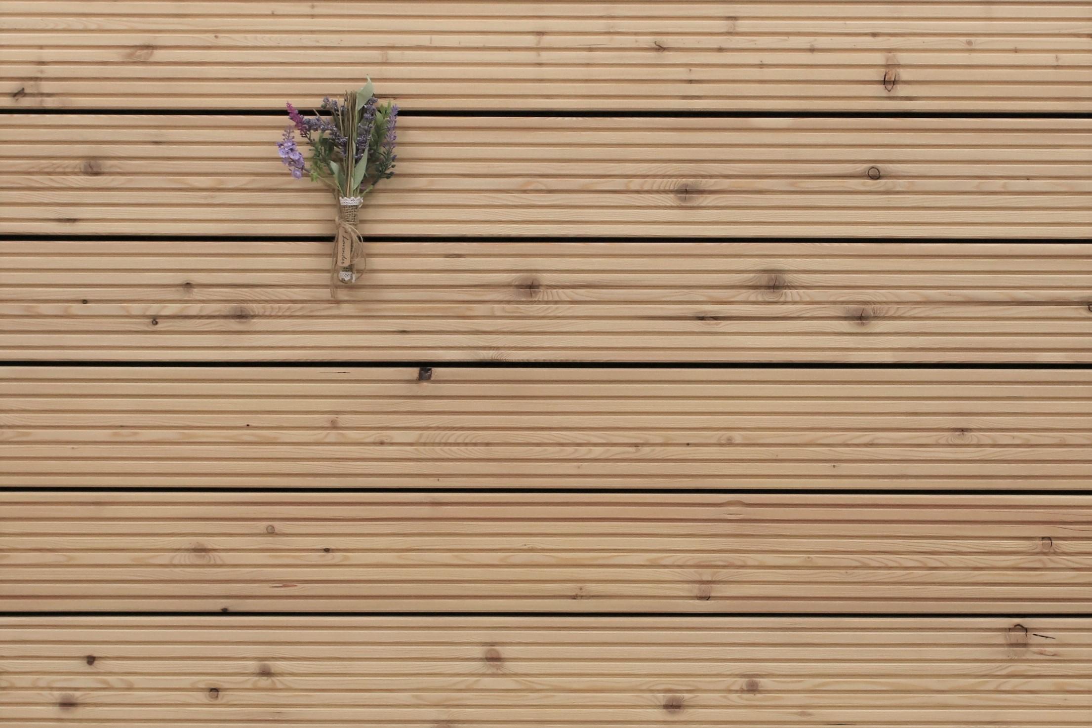 Sibirische Lärche Holz Dielen für die Terrasse, 4,70 €/lfm, grob genutet, 27 x 143 bis 6000 mm, Terrassendielen Bretter