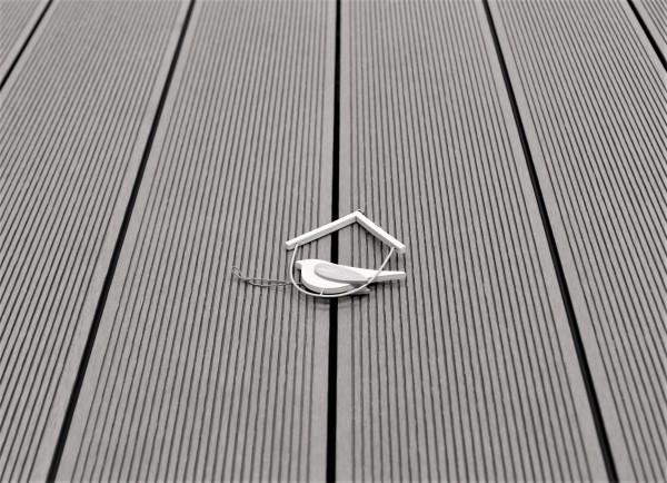 WPC Terrasse massiv, Vollprofil, 22 x 143 bis 4800 mm, Oberfläche fein gerillt, Farbton hellgrau, 8,95 €/lfm