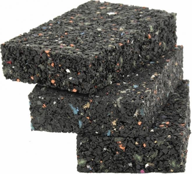 20 Stück Gummigranulat ca. 20 x 40 x 80 mm ausreichend für ca. 5-10 Laufmeter Unterkonstruktion