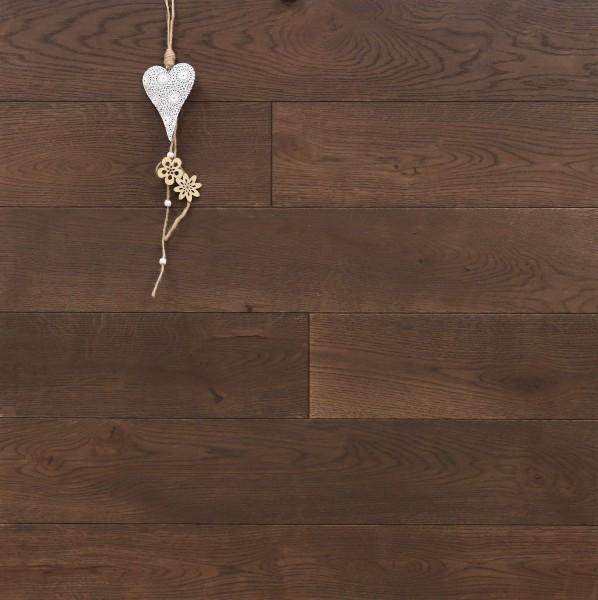 Dielenboden Eiche, Systemlängen, mit Rubio Monocoat R306 chocolate geölt, massiv, Kanten gefast, Nut / Feder Verbindung, Sonderanfertigung nach Kundenwunsch