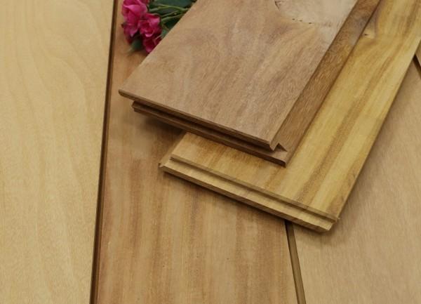 Holzterrasse Garapa, 21 x 125 bis 2750 mm, glatt, mit Wechselfalz und stirnseitig Nut / Feder Verbindung, 8,90 €/lfm, Premium (KD)
